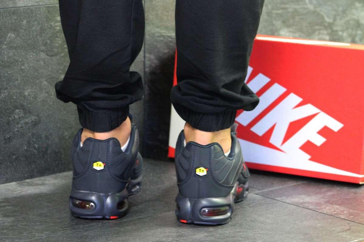 49fc7463 ... Мужские зимние кроссовки темно синие с красными вставками Nike Air Max 5