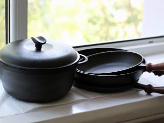 посуда из чугунна фото