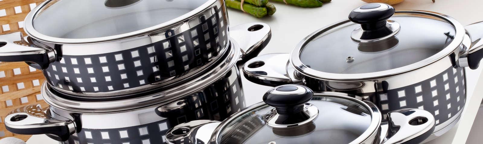 кастрюли на кухне фото