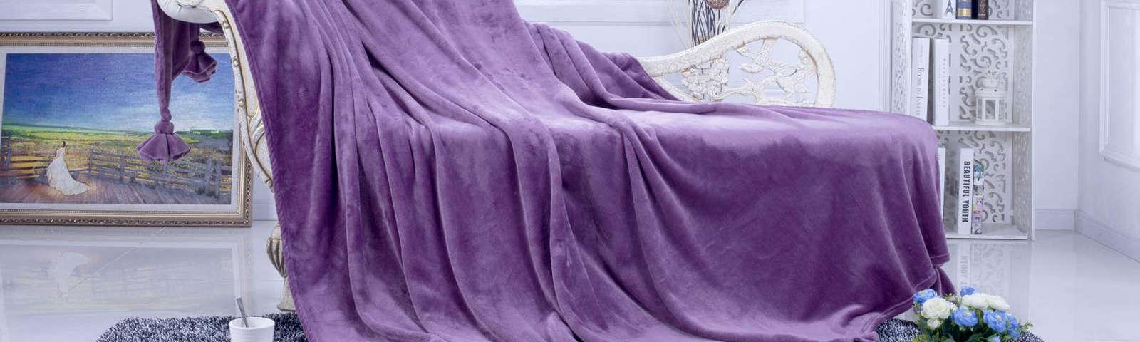 плед на кровати фото
