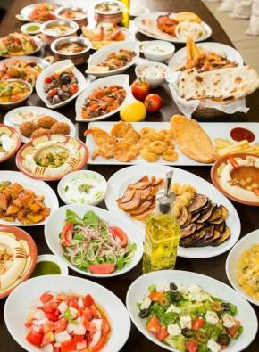 разнообразные тарелки фото