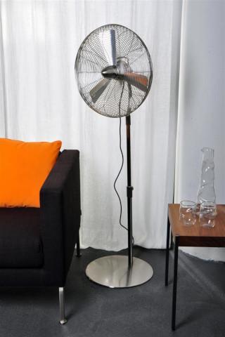 напольный вентилятор фото