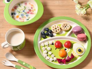детская посуда из бамбука фото