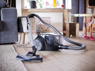 техника для дома пылесос фото