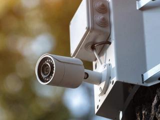 камера наружного видеонаблюдения фото